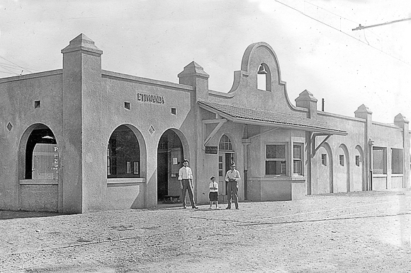 Pacific Electric Depot, Etiwanda, 1914
